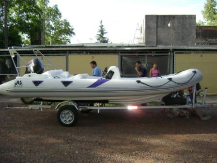 MOON 560 RIB ribs rigid inflatable boats. Semirrigidas neumaticas inflables TRAILER